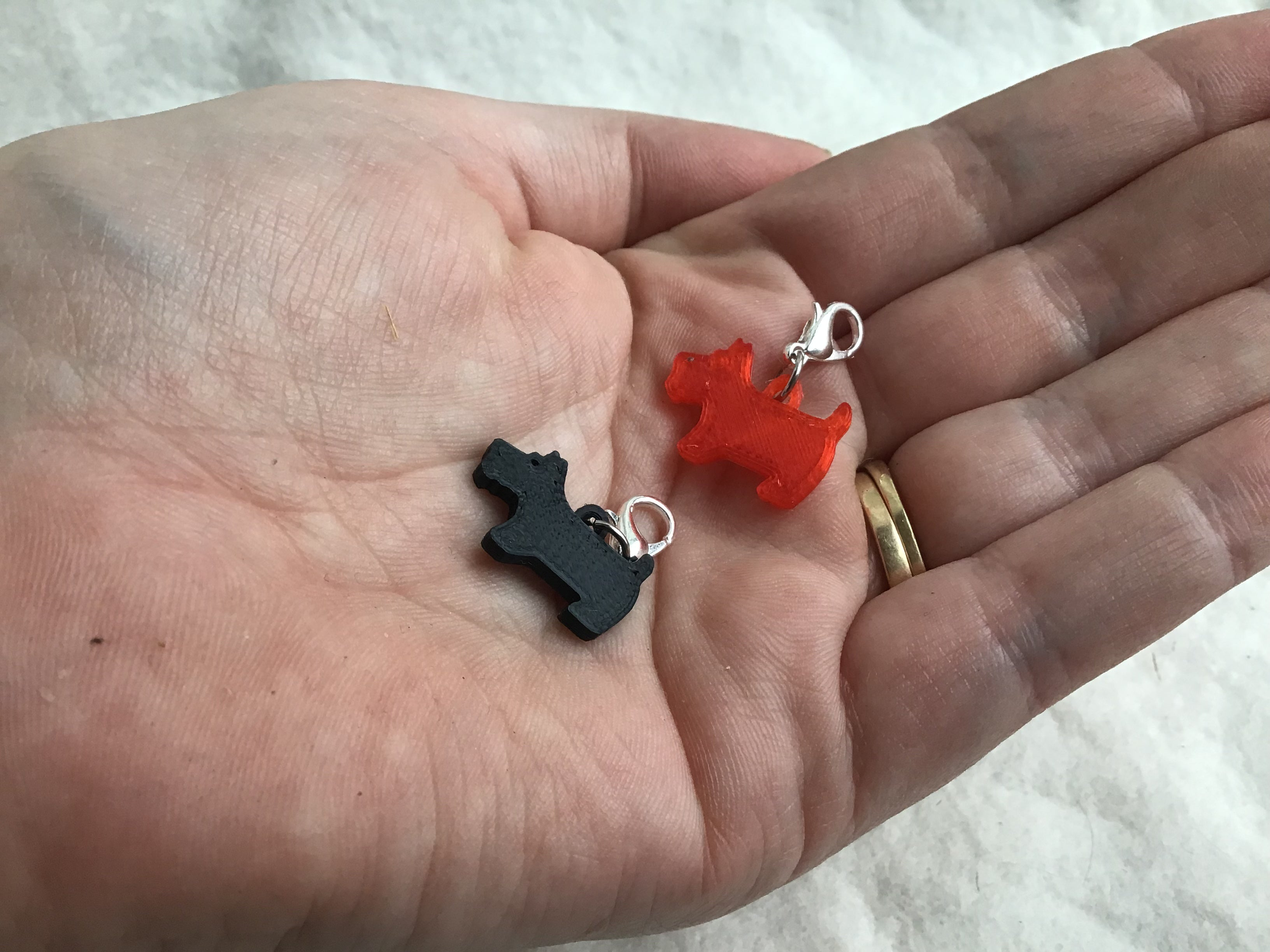 Crochet Stitch Markers-Red and Black Dogs - Steep Hill Farm