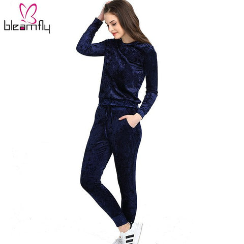 d5dc8efb17d ... 3 2018 Women Two Piece Set Female Winter Tracksuit Velvet Hoodies Top + Pants  Ladies Long