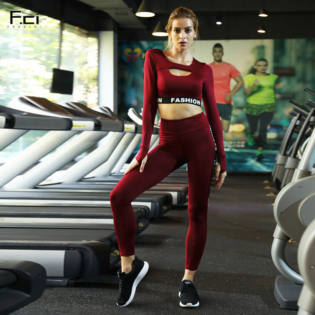 65bfdd50a94 2018 Autumn Women Sexy Set Two Piece Set Red Long Sleeve Crop Top and Pants  Set Workout Outfits Matching Set Tracksuit