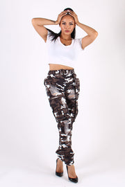 HEAVY RIPPED CAMO CARGO PANTS