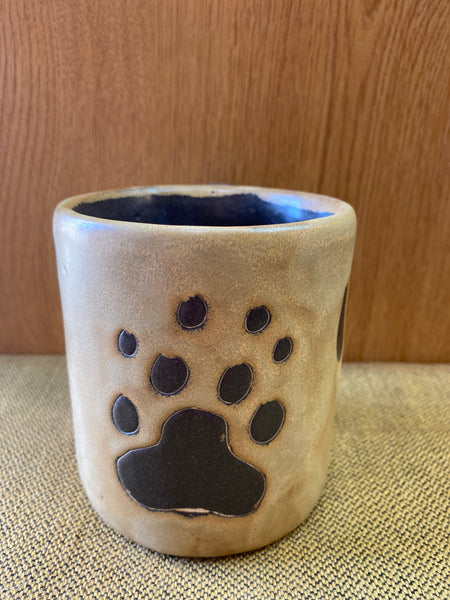 Bear Paw Mara Mug in lead free stoneware pottery 16oz