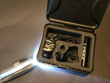 Load image into Gallery viewer, LIGHT : Lezyne SUPER Drive 700 lumen Rechargeable FRONT LIGHT - Full Pack
