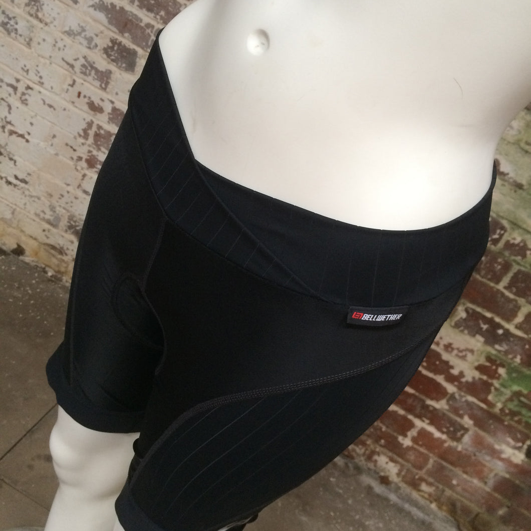 SHORTS-CYCLING : Bellwether Coldflash Women's Padded Cycling Shorts [M]
