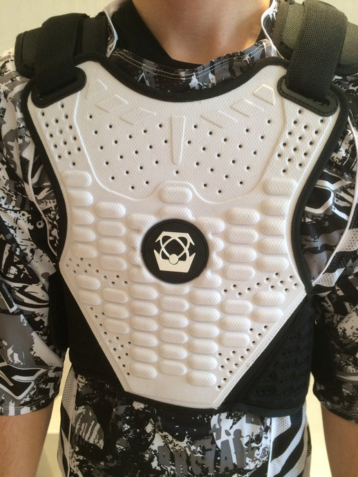 ARMOUR : Atlas Guardian Lite Chest Protector