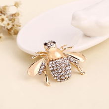 Load image into Gallery viewer, SIGNATURE CRYSTAL BEE BROOCH