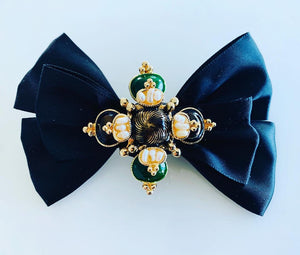BESPOKE BOWS WITH EMBELLISHMENTS
