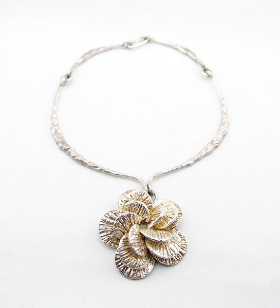 1970s Theresia Hvorslev Mema Flower Neckring - Sold