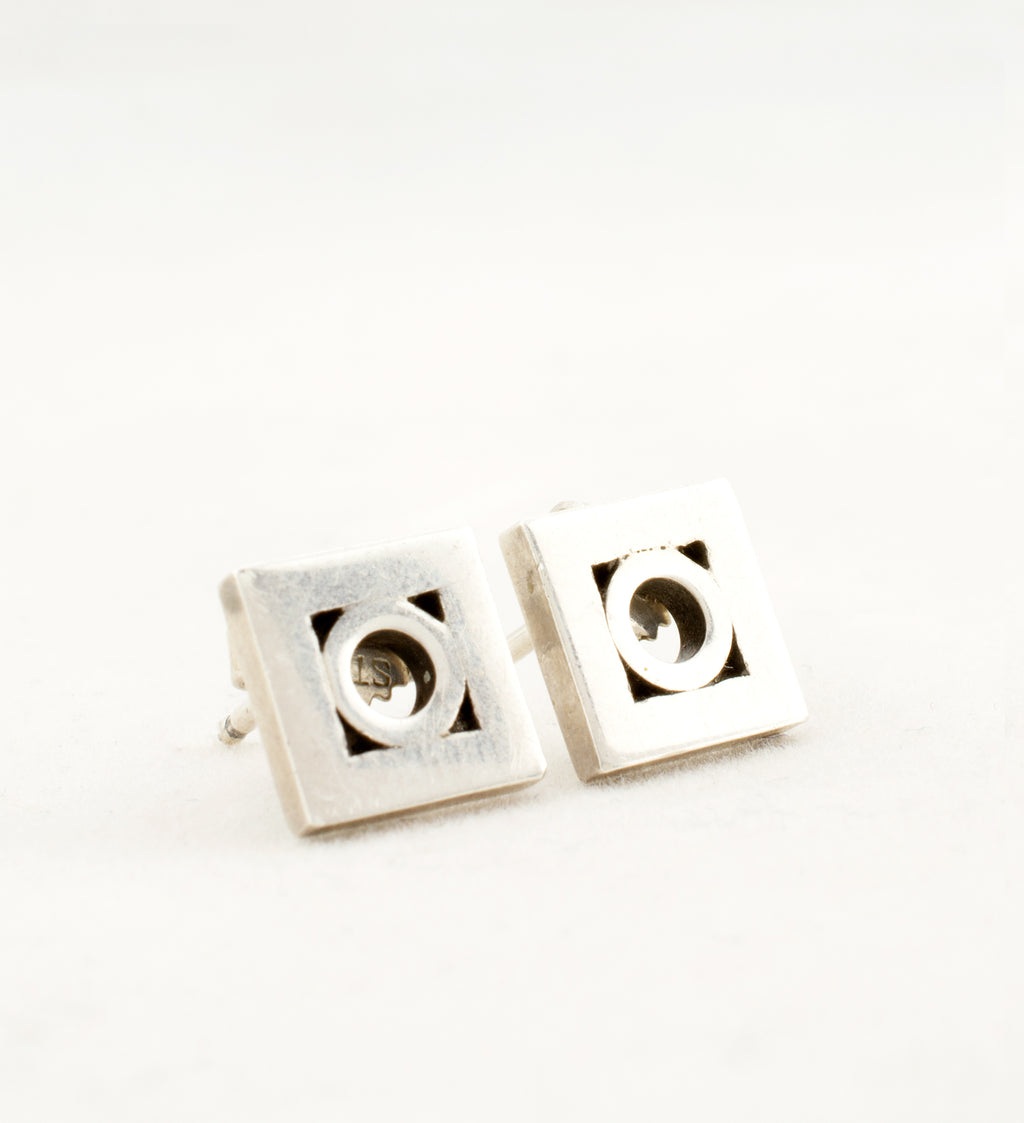 silver aarikka square earrings