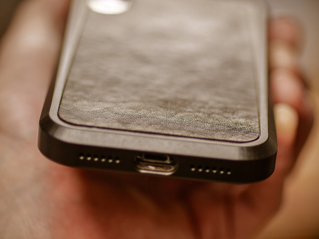leather iphone alloy