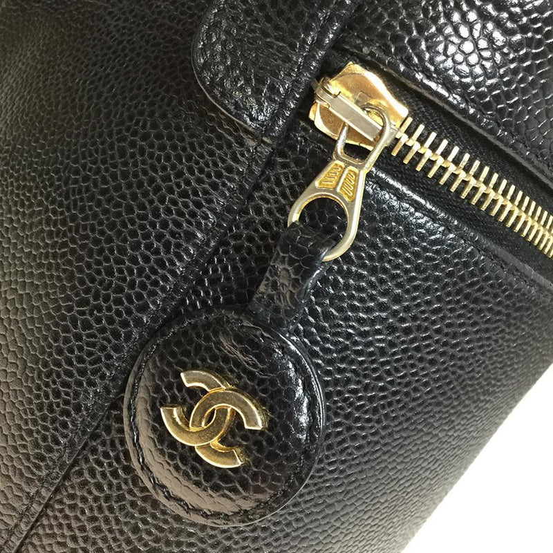 Buy & Consign Authentic Chanel Caviar Skin Leather Vanity Bag at The Plush Posh