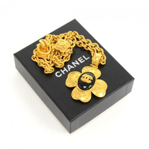 Buy & Consign Authentic Chanel CC Gold Tone Flower Motif Pendant Necklace at The Plush Posh
