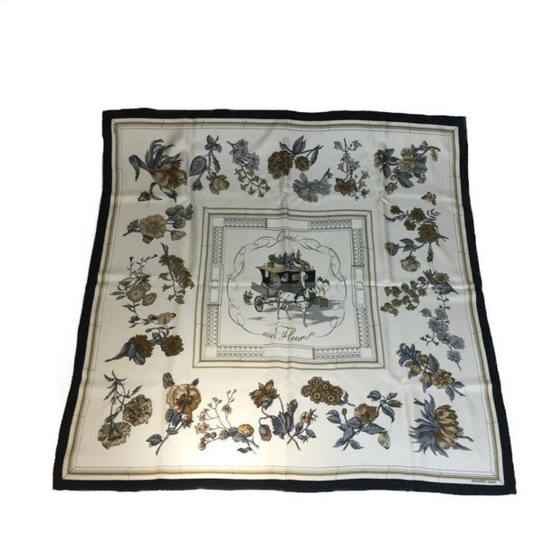 Buy & Consign Authentic Hermes KARE90 Quai Aux Fleurs Scarf at The Plush Posh
