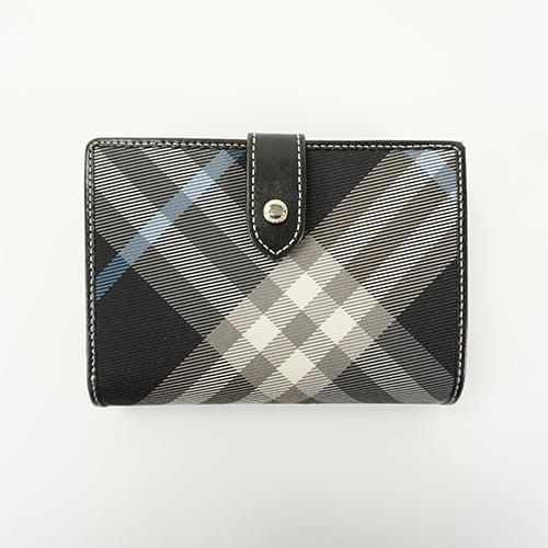 Buy & Consign Authentic Burberry Blue Label Wallet at The Plush Posh