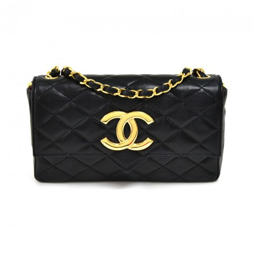 Chanel Beak Tip CC Logo Flap Black Quilted Leather