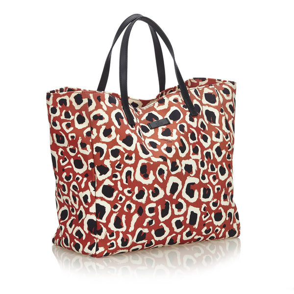 Buy & Consign Authentic Gucci Leopard Printed Nylon Tote Bag at The Plush Posh