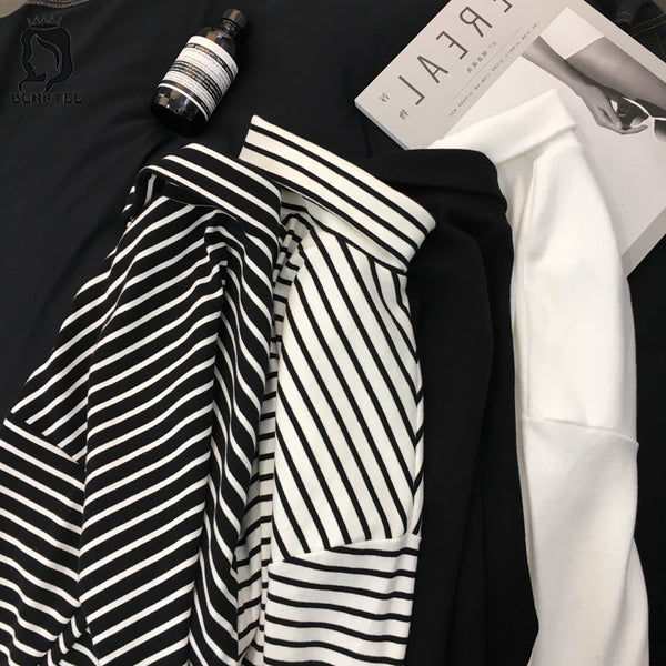 Black & White Striped Long Sleeve Tees