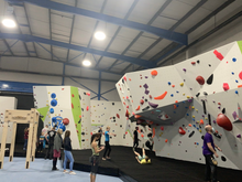 Load image into Gallery viewer, Introduction To Indoor Bouldering - 1 Session