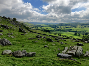 Norber Erratics & Thieves Moss, Yorkshire Dales (18th April 2021)