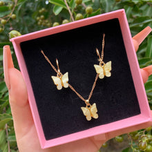 Load image into Gallery viewer, Butterfly Necklace & Earrings Set