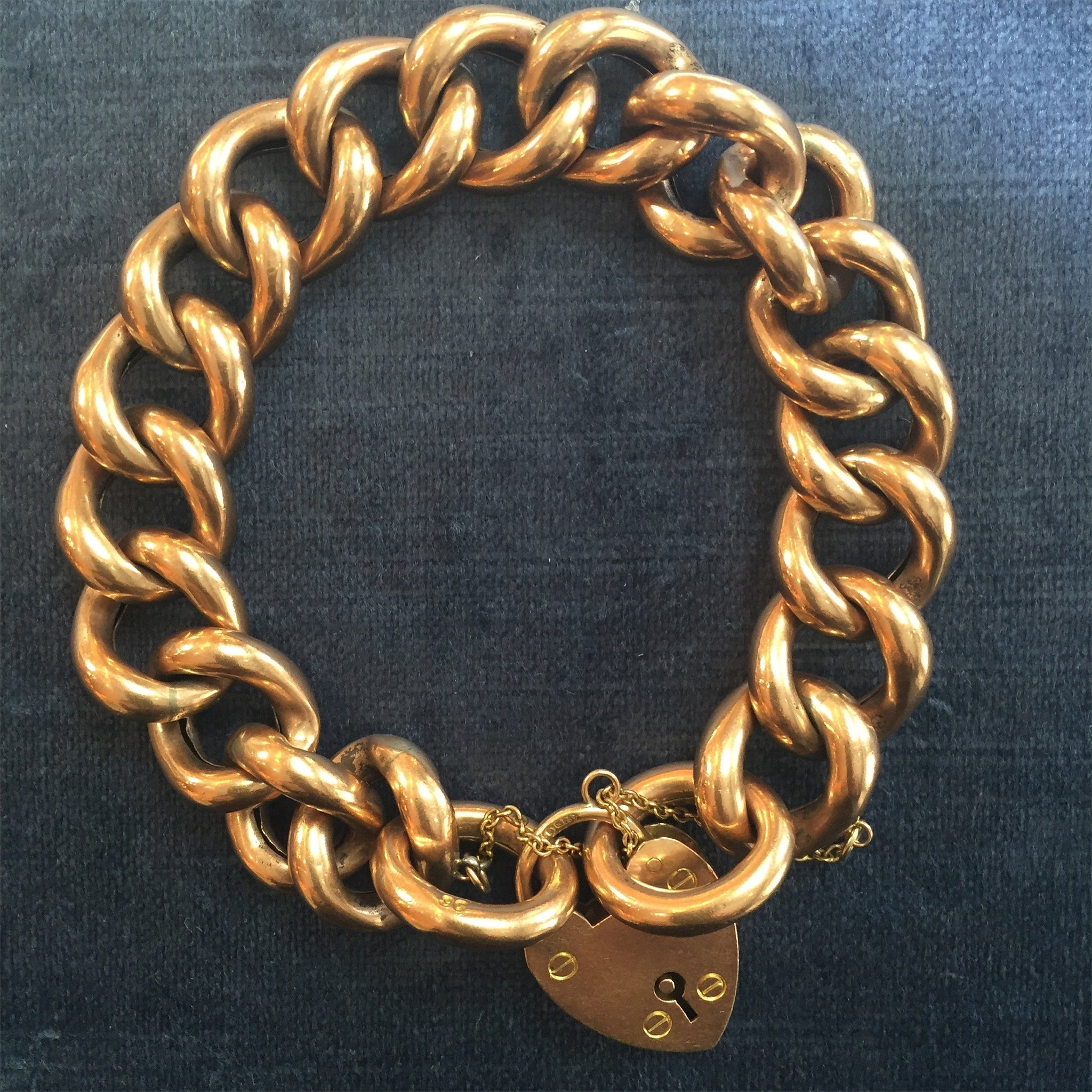 Victorian Curb Bracelet and Heart Padlock in 9k yellow gold