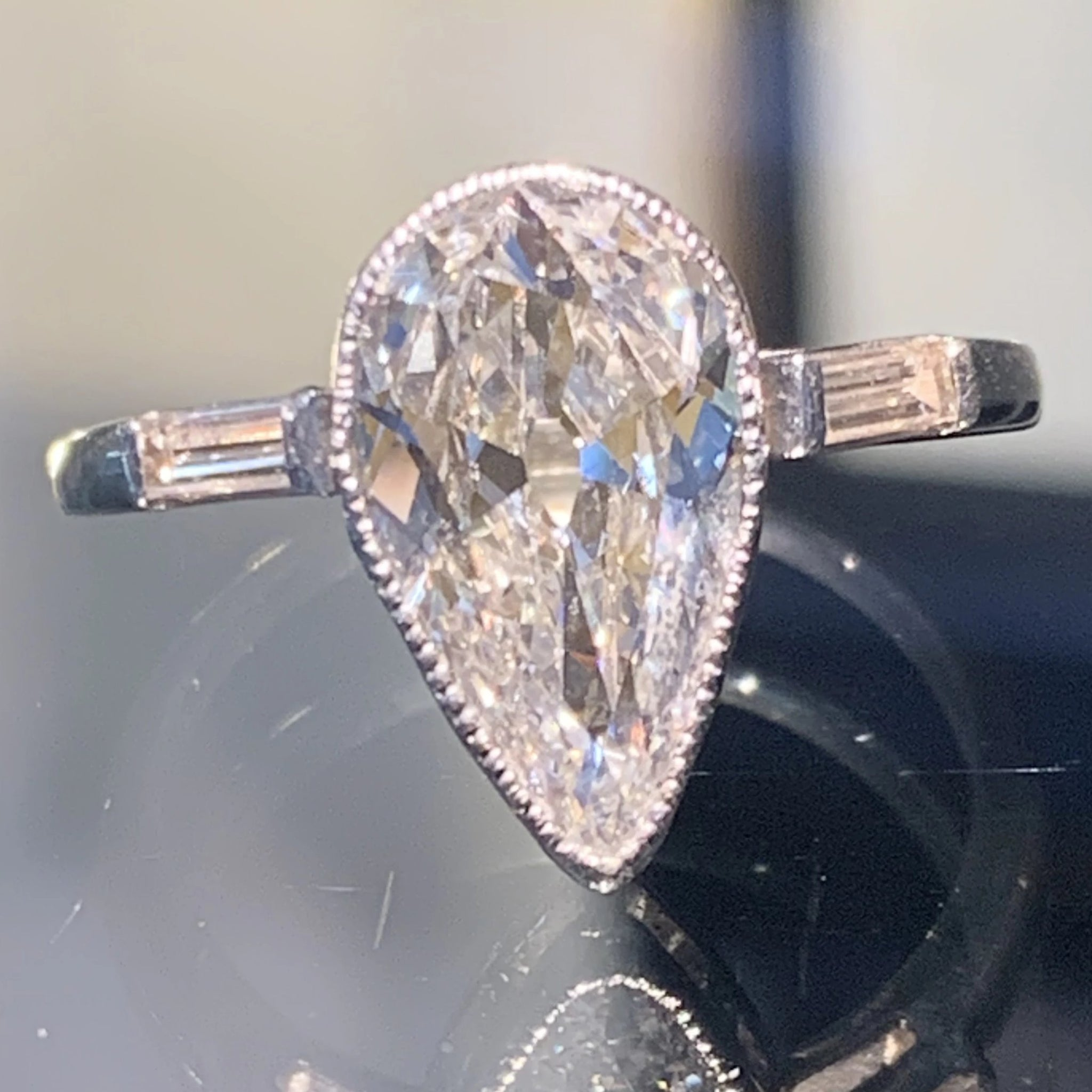 Magnificent 1920's Pear Shaped Solitaire