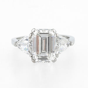 Emerald Cut with Trilliants