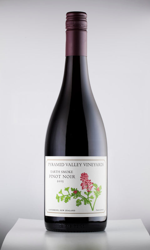 Photo of a bottle of Pyramid Valley Earth Smoke Pinot Noir 2015