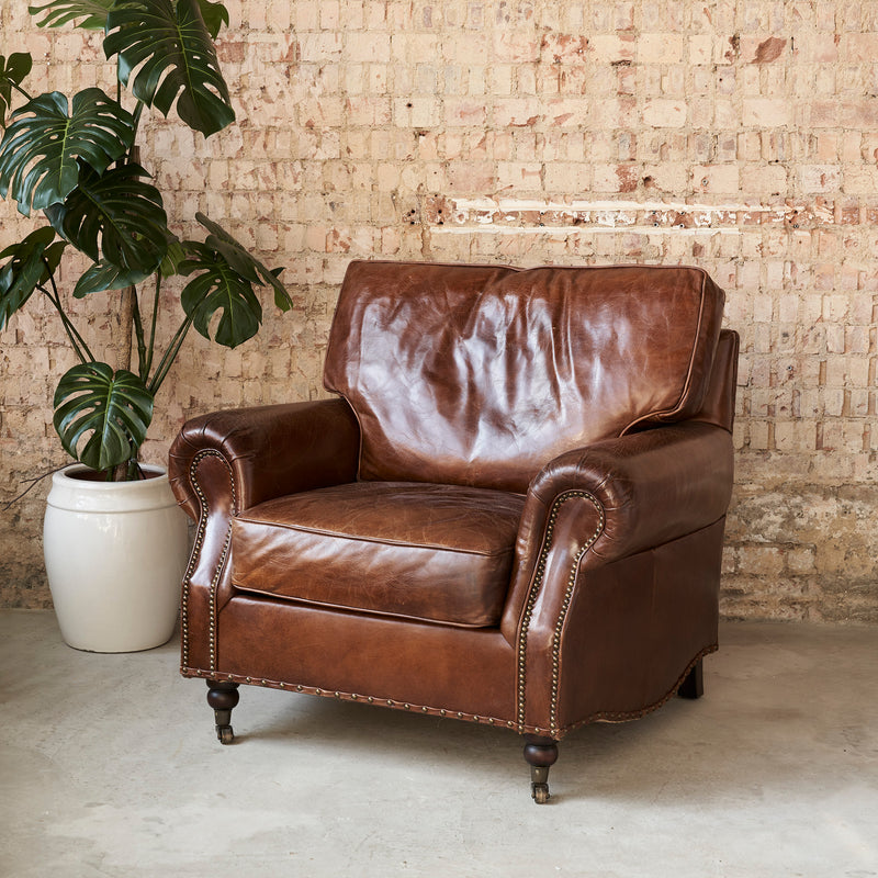 Elegant Leather Armchair | Design Vintage