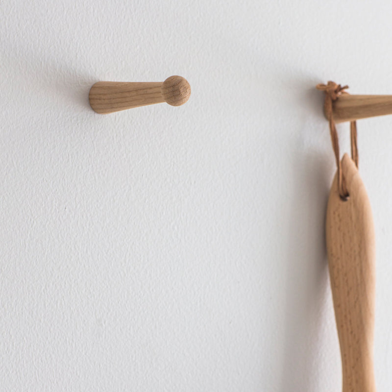 Set of 2 Oak Peg Hooks