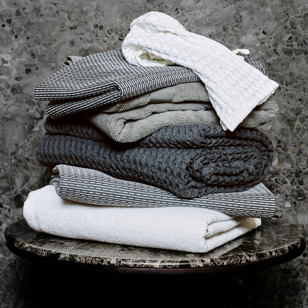 Charcoal Grey Organic Waffle Towel or Blanket | Design Vintage
