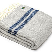 Stripe Fishbone Throw