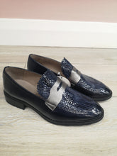 Load image into Gallery viewer, Wonders Patent Loafer Navy