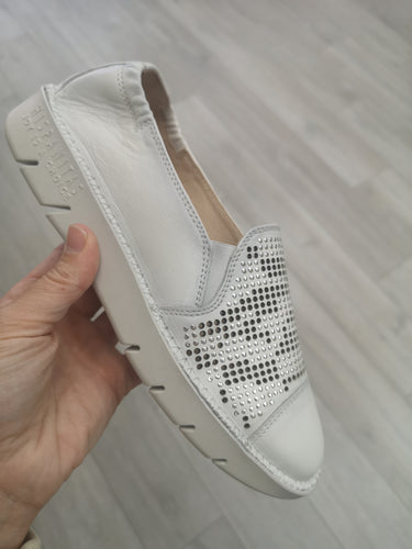 Hispanitas Slipon Sneaker