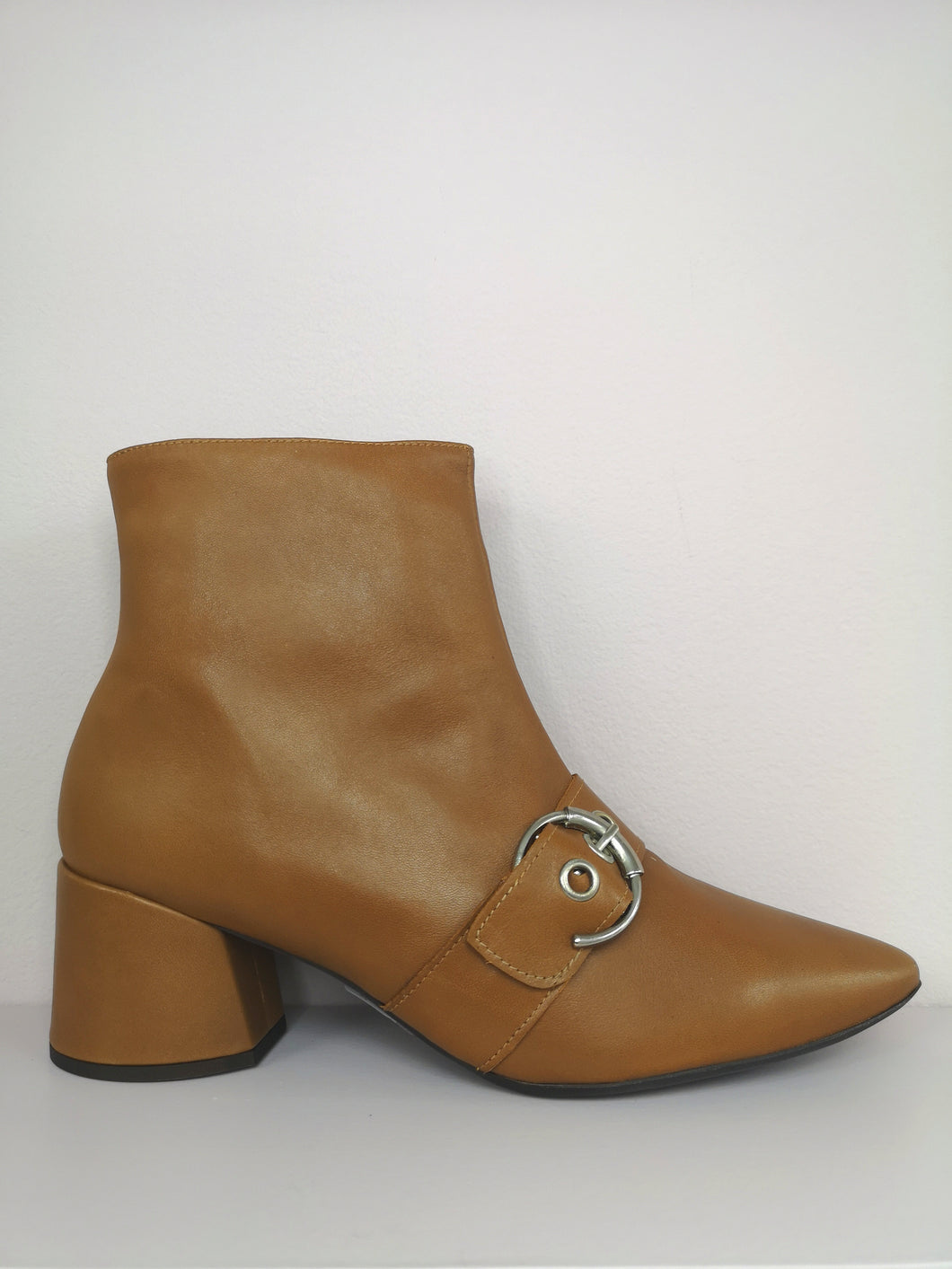 Wonders Buckle Detail Boot Camel