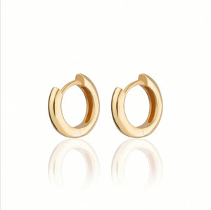 SP Huggie Hoop Earrings - Gold