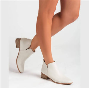 Unisa Ivory Leather Boot