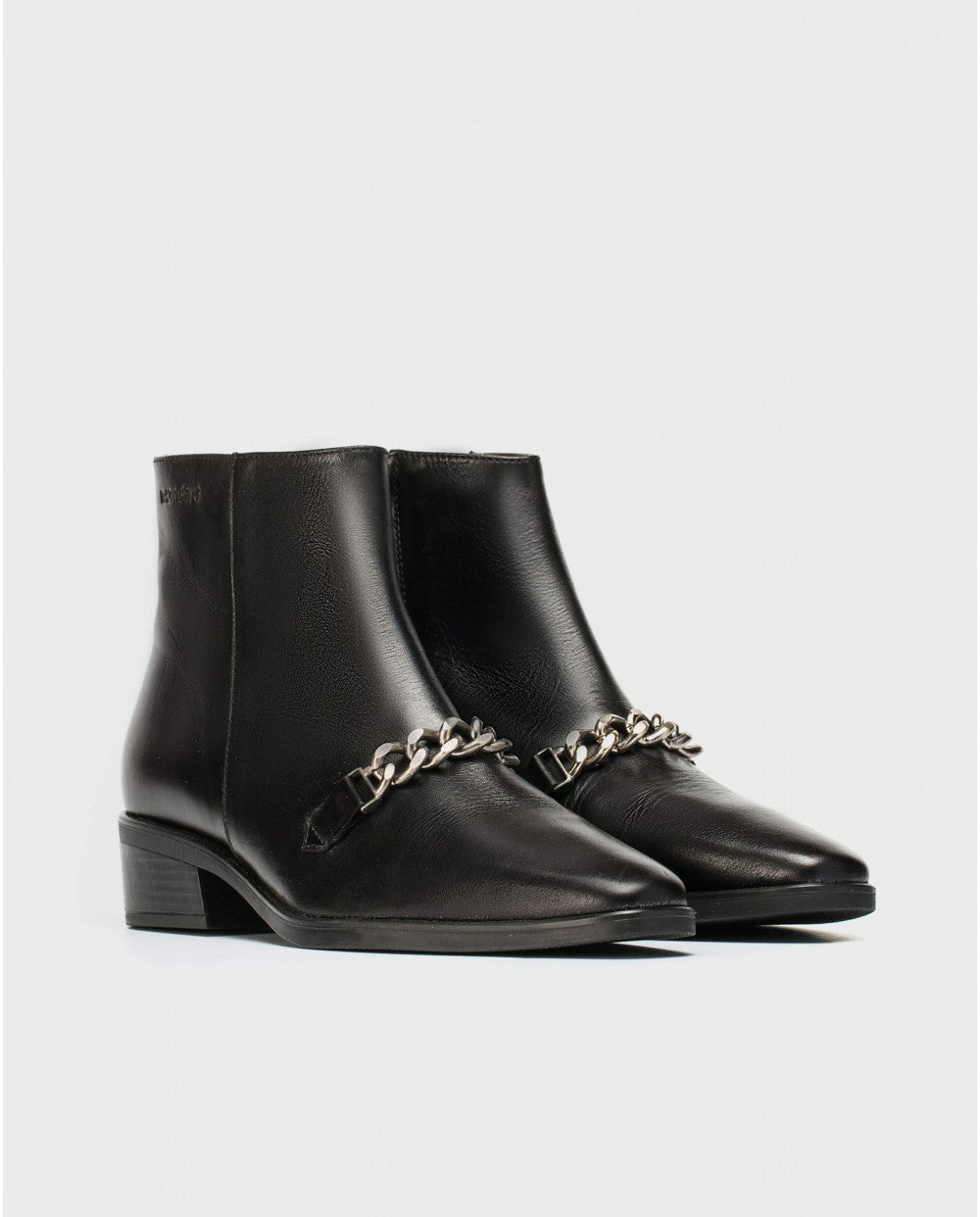 Wonders Chelsea Boot with Chain detail Black