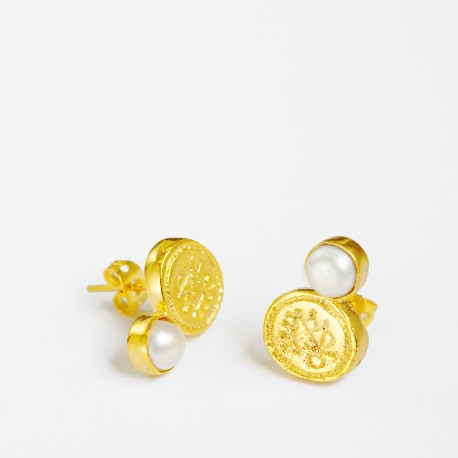 Gaye Engraved Coin and Pearl Stud Earrings
