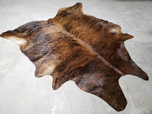 COWHIDE RUGS - LARGE