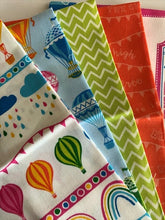 Load image into Gallery viewer, Hot Air Balloons & Rainbow Mix Fat Quarter Bundle 100% Cotton