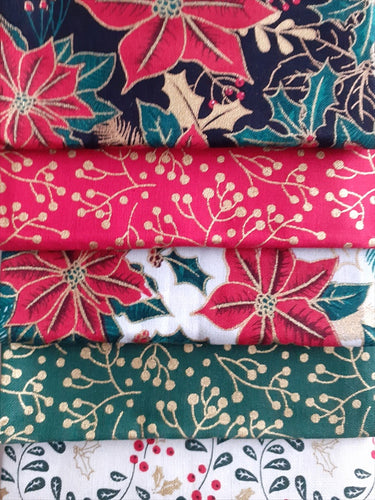 Christmas Traditional Poinsettia Gold Metalic Fat Quarter Bundle  100% Cotton