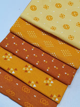 Load image into Gallery viewer, Essential Trends Mustard Yellow & Lemon Mix Fat Quarter Bundle  100% Cotton