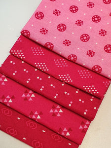 Essential Trends Pink & Cerise Mix Fat Quarter Bundle  100% Cotton