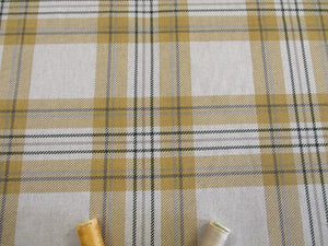 Linen Tartan Watch Orche on a Natural Background