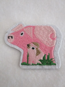 Pig & Piglet Sew on or Stick on Embroidered Fabric Motif 6cm x 6.5cm