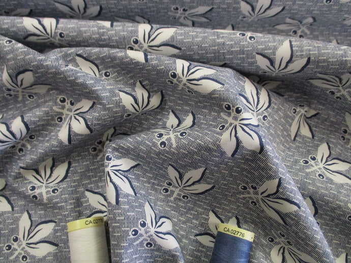Clothworks Design Berries & Leaves Ivory on Navy 100% Cotton