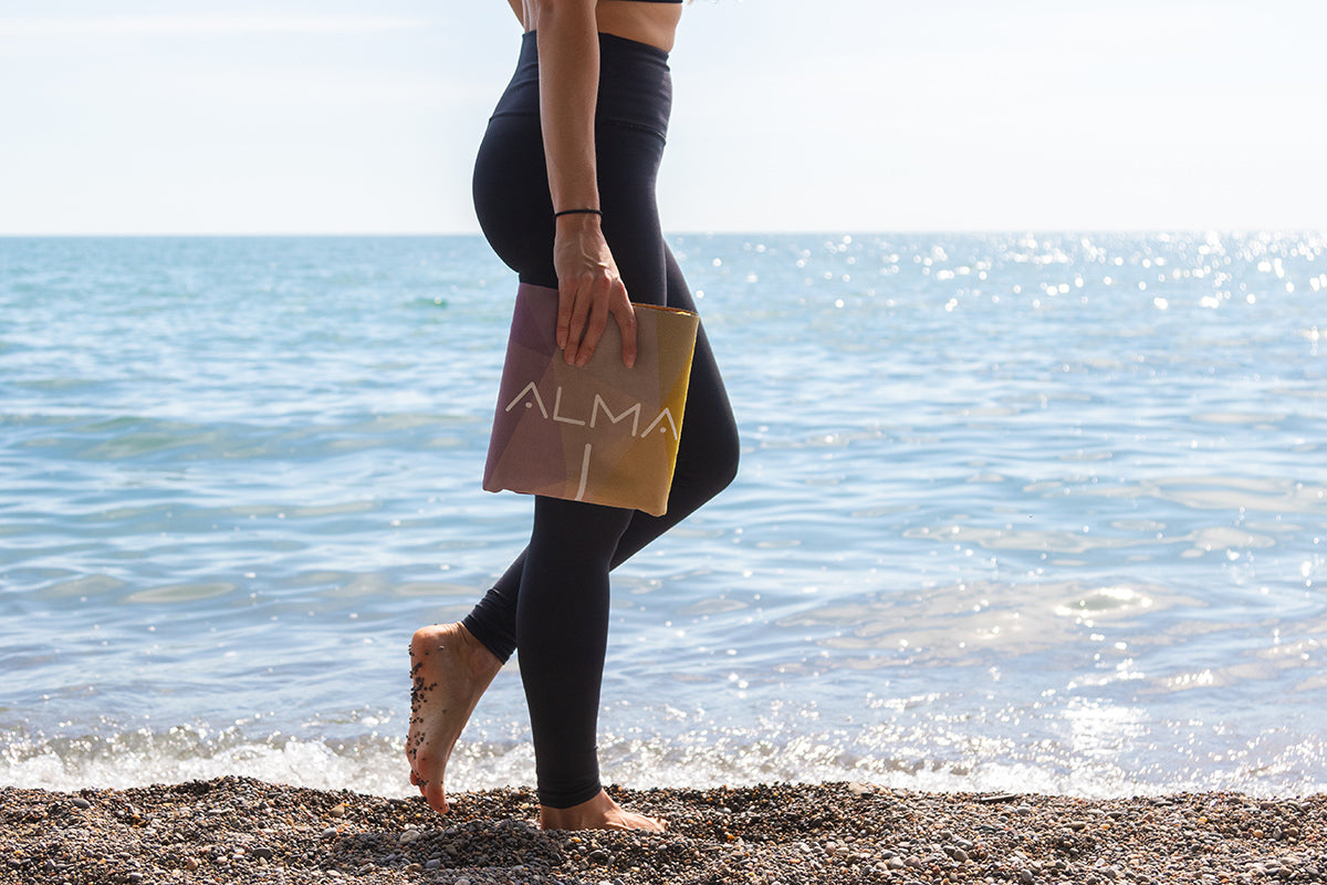 ALMA™ Travel Yoga Mat (Amber)