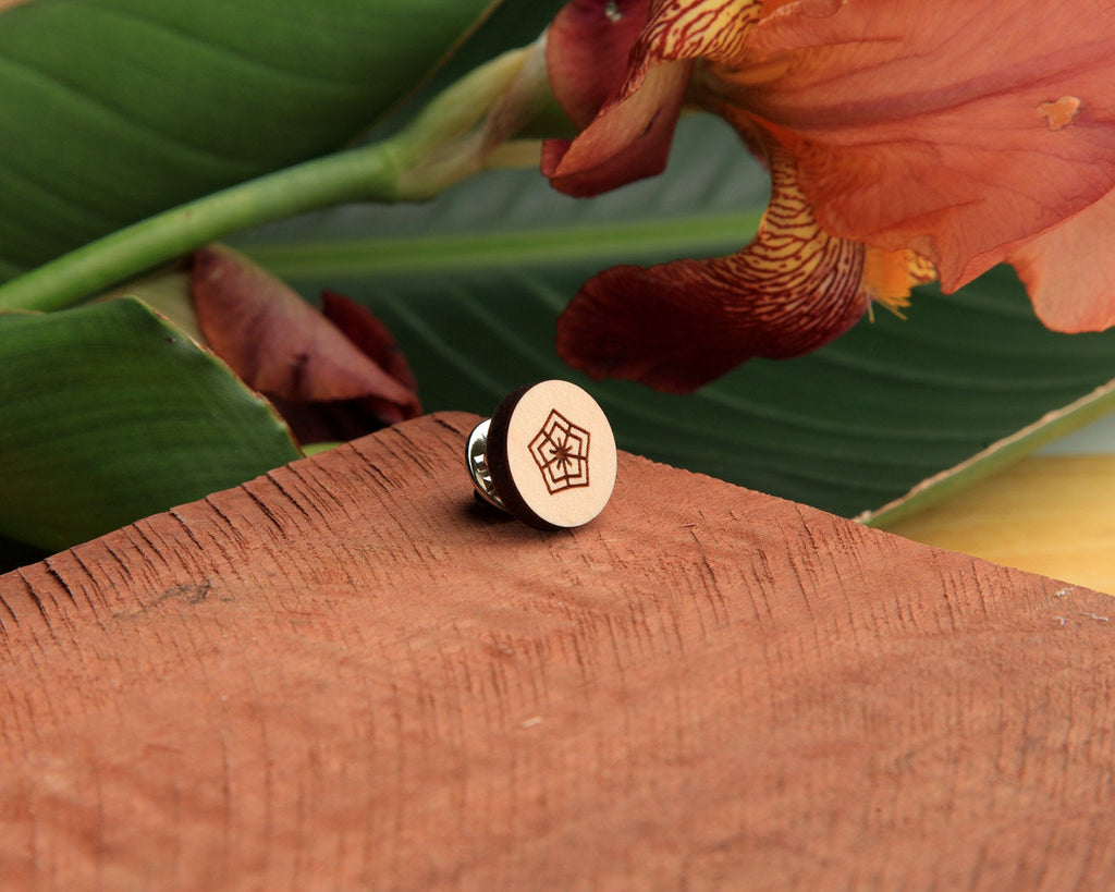 Maple Wood | Pin | Flower
