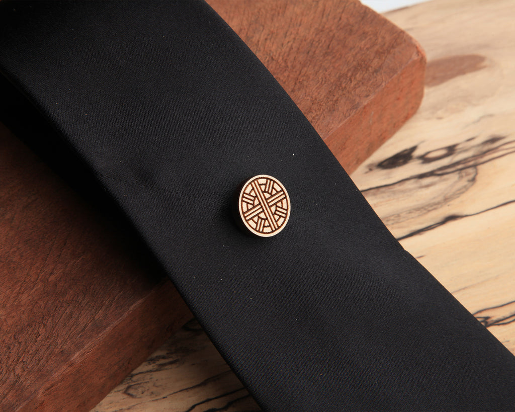Xavier | Wood Pin | Maple