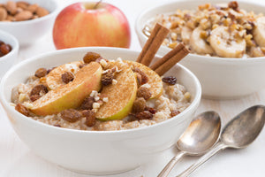 Overnight Steel Cut Oatmeal with Cinnamon and Apples